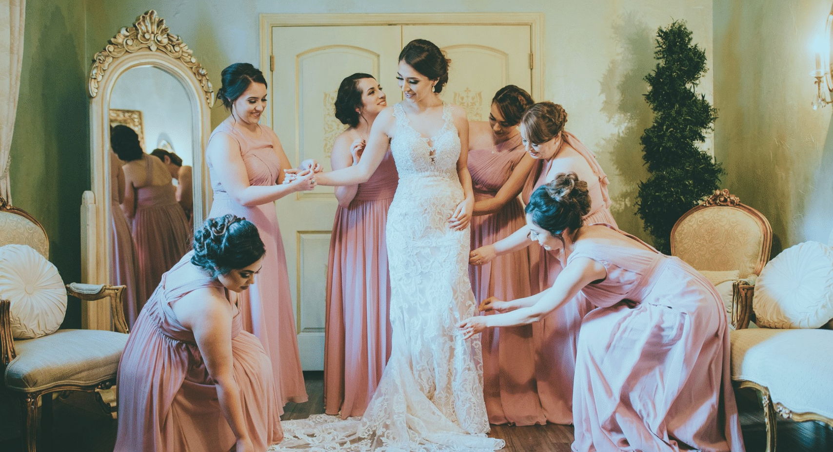 Bride with Bridesmaids at Madera Estates