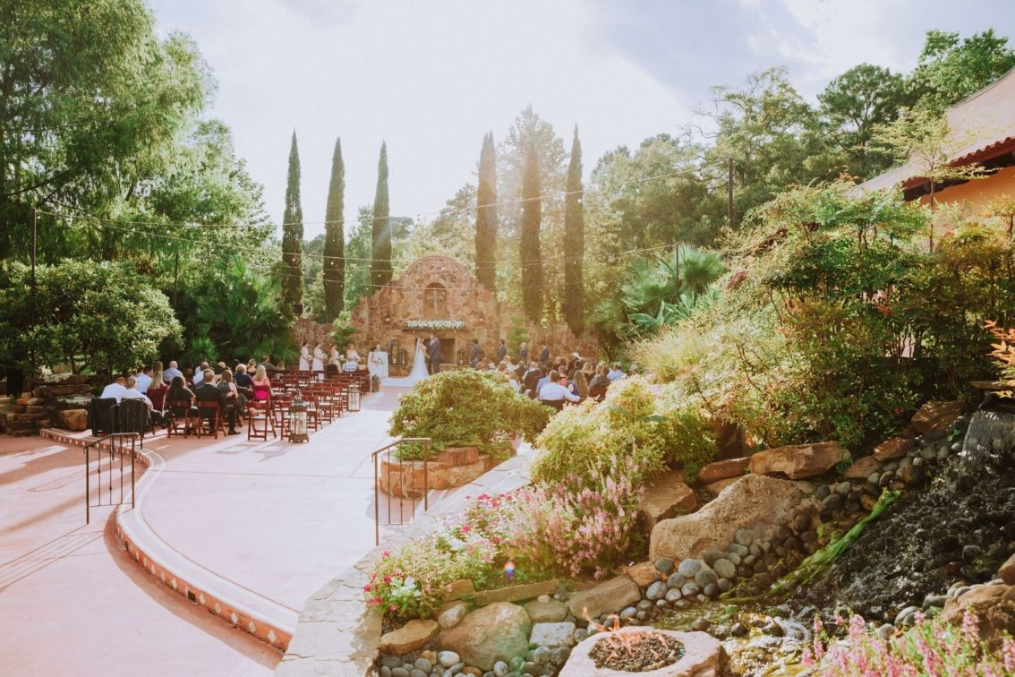 Houston Wedding Venue Madera Estates Conroe Texas Real Wedding Ashley And Frankie Blog Post Cover Image